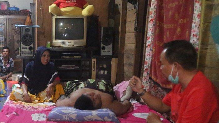 BREAKING NEWS: Geger Bocah Umur 13 Tahun Bobot 125 Kilogram di Tala, Menarik Empati Warga