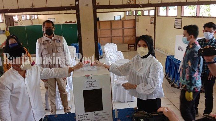 Kelar Nyoblos di TPS Palangkaraya, Gubernur Sugianto Ajak Warga Menjaga Kamtibmas