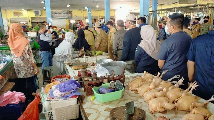 Program Kandang Ayam Penyangga Antisipasi Kebutuhan Daging Ayam Jelang Idulfitri di Palangkaraya