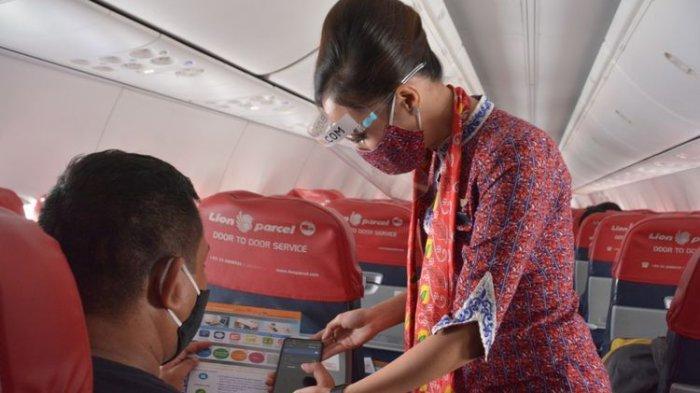 Ilustrasi pramugari Lion Air. Maskapai Lion Air Group terpaksa merumahkan 8.000 karyawan sebagai dampak pandemi covid-19.