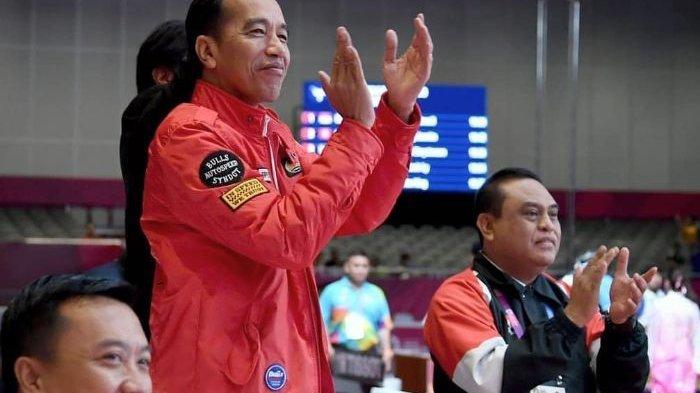 Terungkap Harga Jaket Merah Jokowi Saat Menonton Asian Games 2018, Gibran yang Membongkarnya