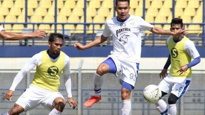 Kabar Persib Hari Ini, Jelang Persib Bandung vs Bali United di Liga 1, Tanpa Bek Muda Indra Mustafa