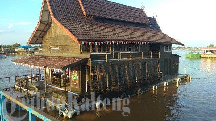 KaltengPedia - Kafe Unik di Atas Sungai Kahayan Kota Palangkaraya
