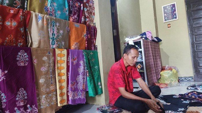 NEWS VIDEO, Toko Benang Bintik Paramita Sediakan Batik Motif Khas Kalimatan Tengah