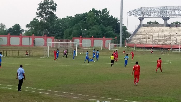 Laga liga 2 Wilayah Timur Kalteng Putra vs PSIM Jogjakarta di Stadion Tuah Pahoe menjadi milik tuan rumah dengan skor akhir 3-0 untuk Kalteng Putra.