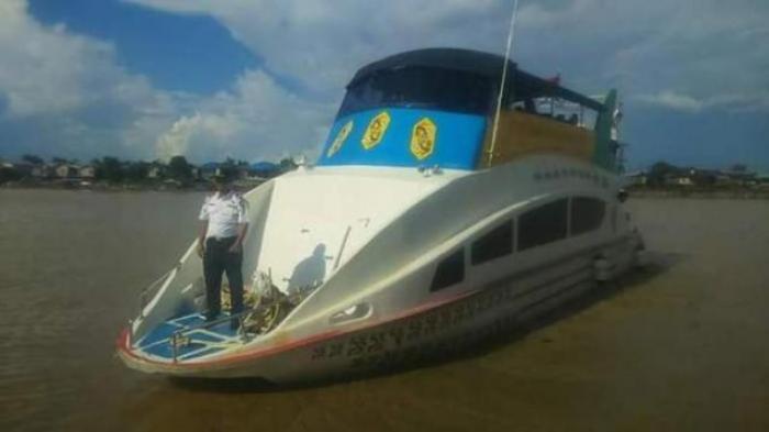 Wah, Kapal Wisata di Palangkaraya Ini Bisa Jadi Tempat Rapat Sambil Susur Sungai Kahayan
