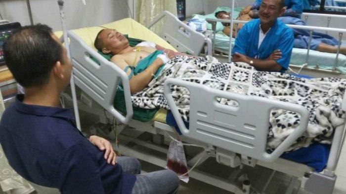 Kapolres Gunungmas Beri Semangat Anak Buahnya Yang Ditembak Bandar Narkoba