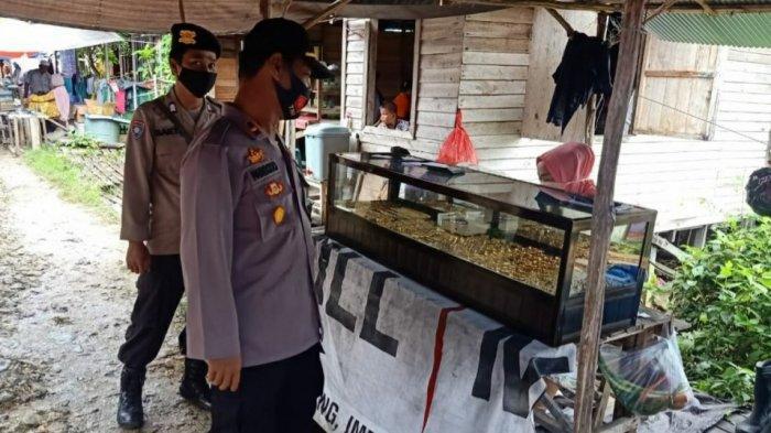 Turun ke Pasar, Kapolsek Kapuas Kuala Imbau Pedagang dan Pengunjung