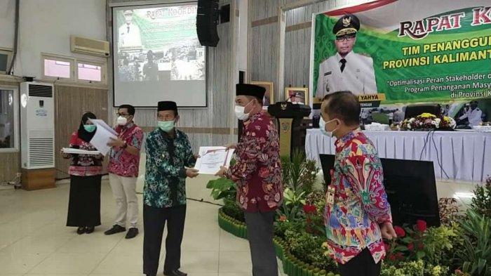 Kapuas Terima Penghargaan Kabupaten Paling Inspiratif dan Replikatif