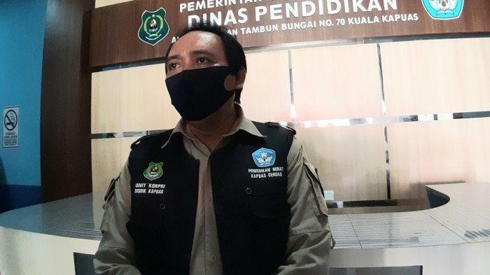 Masa Pandemi, Sekolah di Kapuas Terapkan Belajar Daring dan Luring, Guru Berkunjung Door to Door
