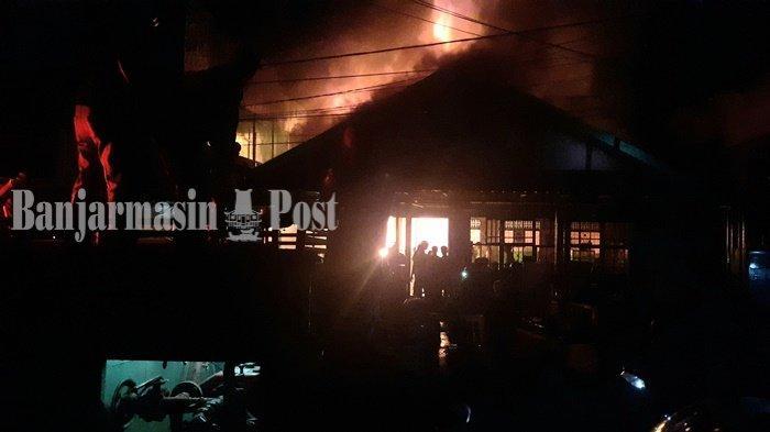 Kebakaran di Rumah Makan Padang