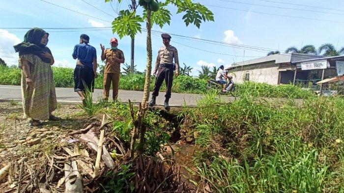 Warga Lok Batu Paringin Balangan Kalsel Keluhkan Gorong-gorong Penyebab Banjir