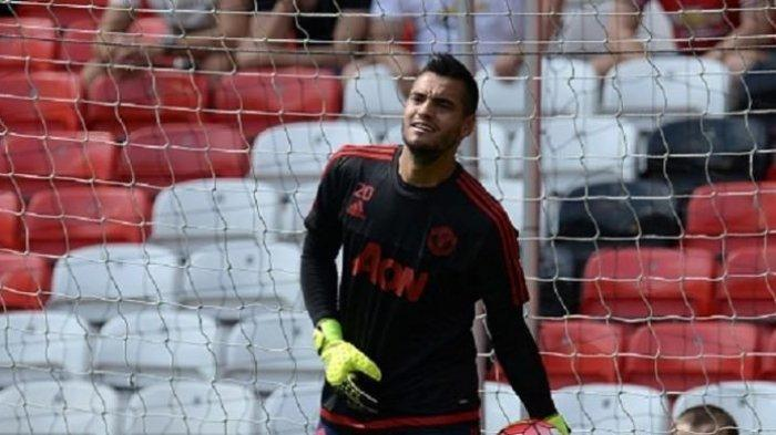Penawaran Ditolak, De Gea ke PSG, Sergio Romero Siap Jaga Gawang Utama Manchester United