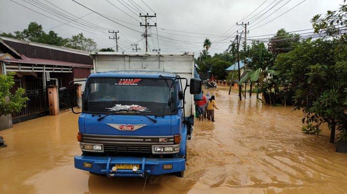 Warga Barabai Kalsel Was-was Banjir Kembali Meninggi Pada Malam
