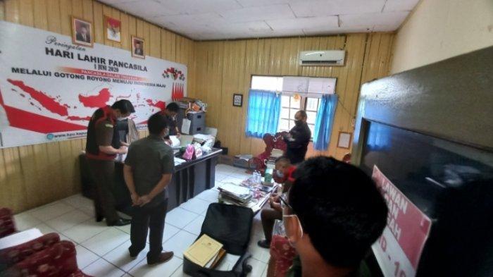 Kejari Kapuas Geledah Kantor KPU Terkait Dugaan Korupsi Dana Pilgub Kalteng
