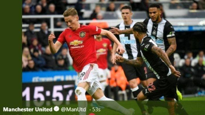 Manchester City dan Manchester United Kalah, Liverpool Kokoh di Puncak Klasemen Liga Inggris