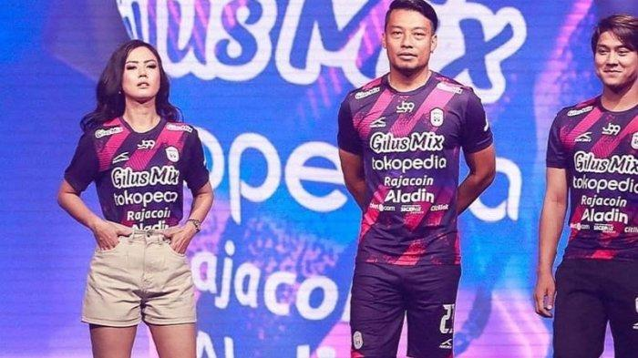 Sempat Sebut Janda, Alasan Kostum RANS Cilegon FC di Liga 2 2021 Dominan Ungu Diungkap Raffi Ahmad