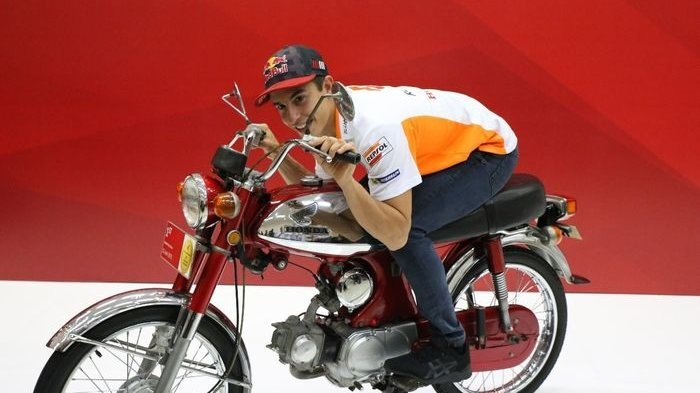 Ke Indonesia, Marc Marquez Ternyata Memilih Nongkrong di Motor Antik Legendanya Negeri Ini