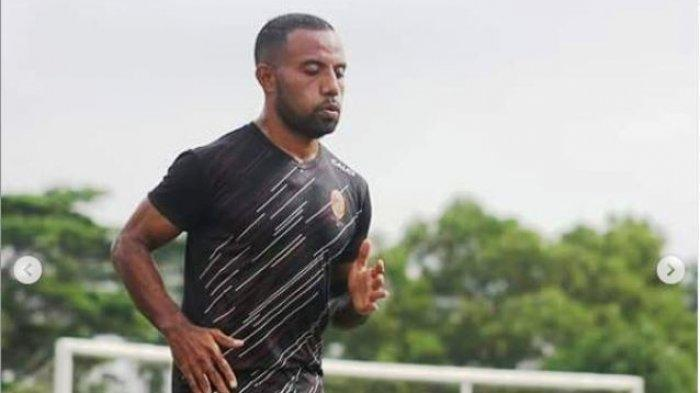 Profil Pemain Liga 2 Indonesia, Mario Aibekob, Juru Gedor Trio Papua Milik Semen Padang FC
