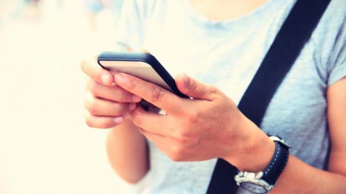 5 Profesi Ini Bisa Jadi Jutawan Hanya Bermodal Smartphone