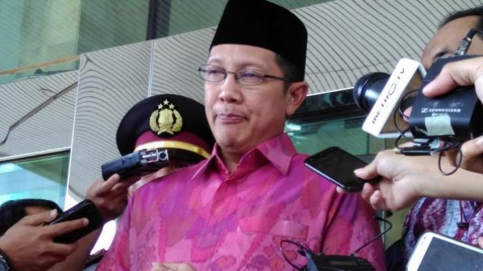 Menteri Agama Angkat Bicara Soal Spanduk Penolakan Mensalatkan Jenazah Pembela 'Ahok'