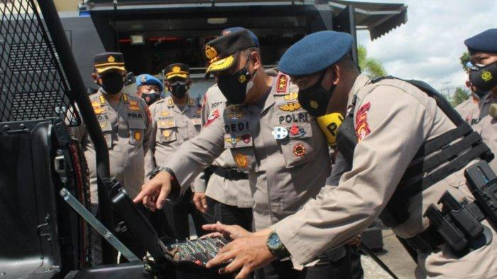 Dua Unit Kendaraan Anti Huru Hara Perkuat Satbrimob Polda Kalteng Amankan Wilayah Kalteng