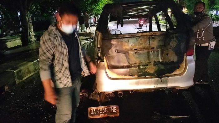 Mobil Terbakar di Jalan A Yani Sampit Kalteng, Sempat Mogok dan Diperbaiki di Bengkel