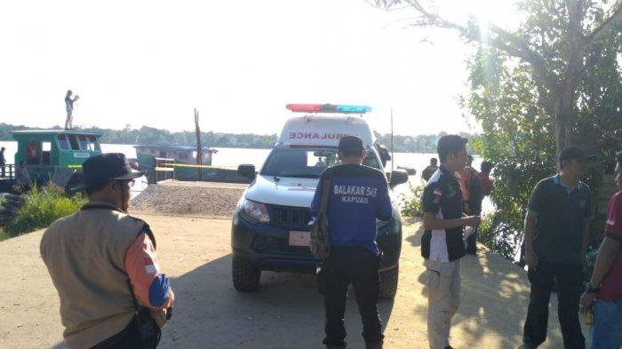 Mobil Pikap Tergelincir dari Ferry ke Sungai di Pulpis, Sopir Selamat, Istri dan 2 Anaknya Hilang