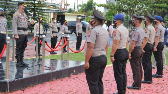 25 Anggota Polres Kapuas Dapat Penghargaan Kenaikan Pangkat pada Momen HUT ke-75 Bhayangkara