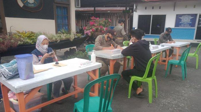 18 Warga Palangkaraya Terjaring Operasi Yustisi di Depan Polsek Pahandut