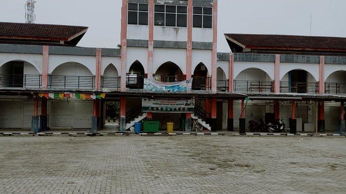 Kios Pasar Eks Bioskop Mentaya Sampit Kotim Kalteng Banyak Tutup