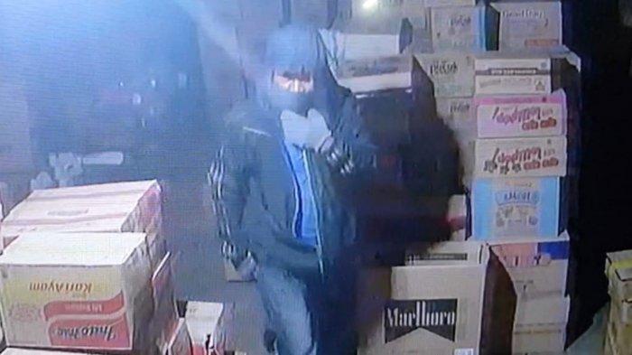 Pencurian Kalsel, Pembongkar Kios di Kotabaru Sempat Terekam CCTV