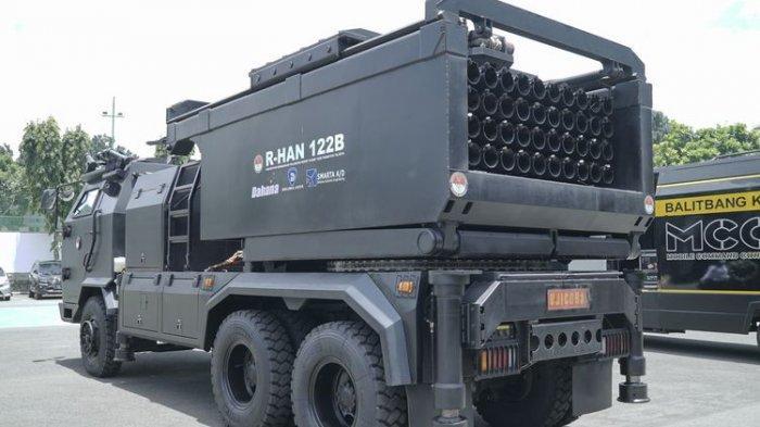 Kabalitbang Kemhan Kenalkan Peluncur Roket R-HAN 122B