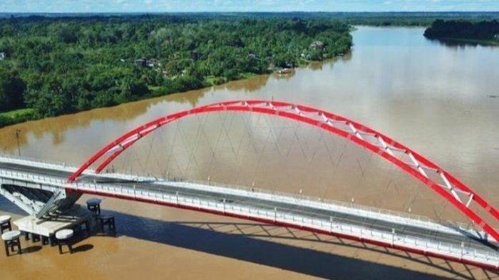 Pembangunan Jembatan Tumbang Samba Kalteng Selesai, Tinggal Peresmian Presiden Jokowi