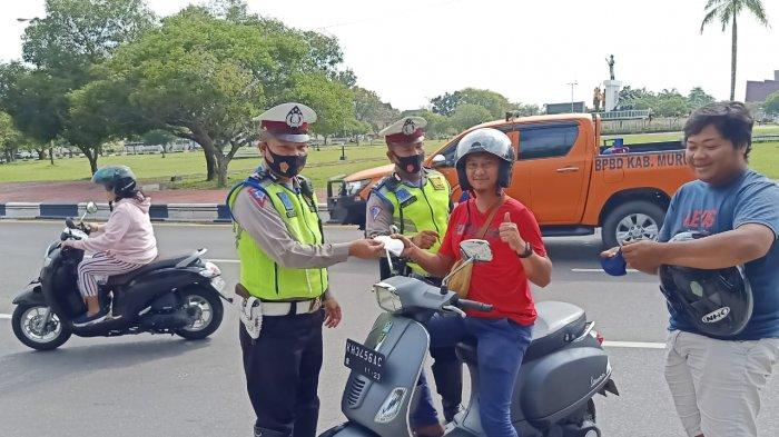 Ditlantas Polda Kalteng Sudah Salurkan Bantuan Sosial kepada 2.828 Pengemudia Angkutan Umum