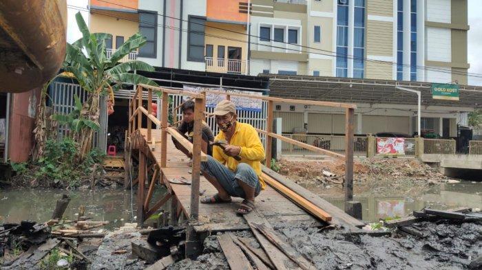 Banjir Kalsel, Pemilik Toko Nirmala Berinisiatif Bangun JBG Sesuai Ketentuan