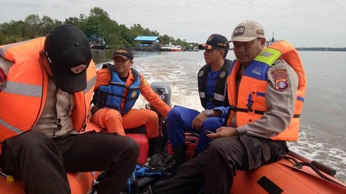 Penyelam Dikerahkan Cari Dua Korban Kelotok Tenggelam di DAS Kumai