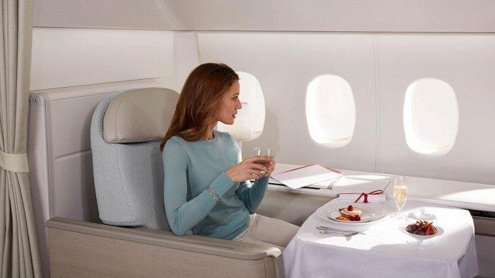 Ternyata Ini Penyebab Mengapa Makanan di Pesawat Terasa Hambar