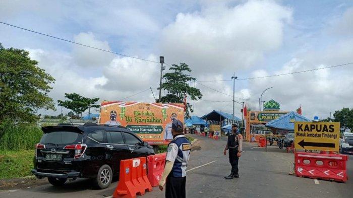Polda Kalteng Turunkan 20 Personel Samapta Bantu Tugas Pos Penyekatan Perbatasan Kalsel-Kalteng