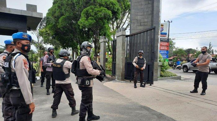 Antisipasi Ancaman Aksi Teror, Personel Polda Kalteng Gelar Latihan Penanganan Orang Tak Dikenal