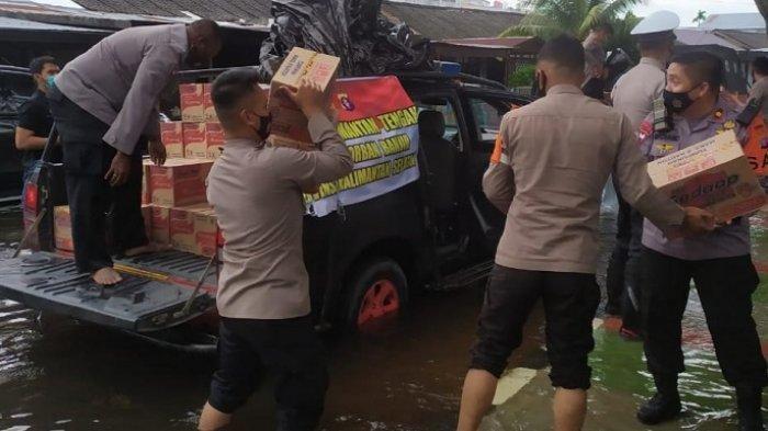 Peduli Korban Banjir Kalsel, Polda Kalteng  Kirim Bahan Makanan ke Banjarmasin