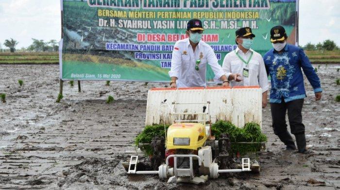 Kembangkan Food Estate di Eks PLG, Pemprov Kalteng Latih Pekerja Lokal Gunakan Alat Canggih