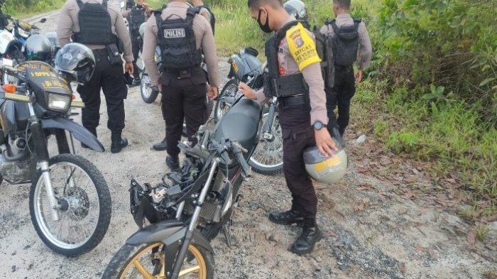 Personil Polda Kalteng Temukan Pembalap Liar Tergeletak  di Bahu Jalan Bengaris Palangkaraya