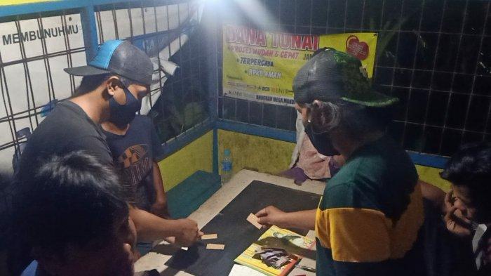 Berjudi di Poskamling, Empat Warga Kapuas Diamankan Polisi