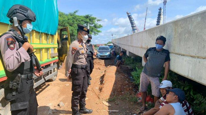 Antisipasi Kerawanan Kamtibmas, Tim Peleton Tangkal Patroli ke Pelabuhan Feri Alalak