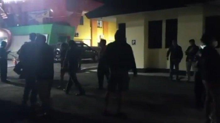 Gegara Postingan Oknum Polisi Soal KRI Nanggala-402, Puluhan Prajurit TNI Datangi Polsek Kalasan