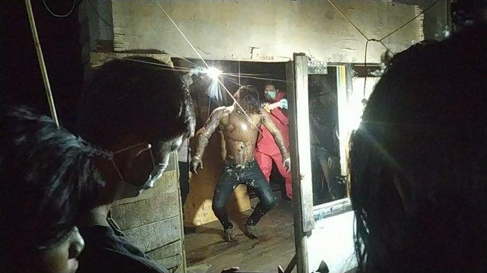 Di Batola Kalsel, Jasad Pemuda Tergelantung Gegerakan Warga, Ada Darah di Mulut