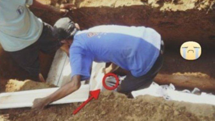 Mengaku Rindu, Nasir Bongkar Makam Ibunya Lalu Inapkan Jasad Sang Ibu di Rumah