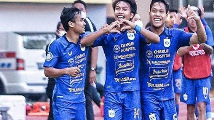 Pemain PSIS Semarang merayakan gol semata wayang kemenangan atas Persela Lamongan pada Laga BRI Liga 1, Sabtu (4/9/2021)