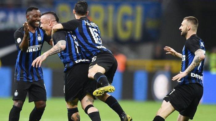 Gol Radja Nainggolan Antarkan Inter Milan Lolos ke Liga Champions Musim Depan